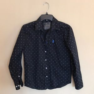 NWOT Boys Button Down Shirt Size M